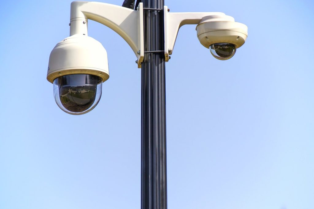 security cameras make schools safer