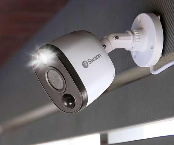 swann hd spotlight camera